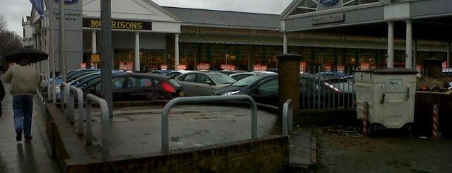 Morrisons Stamford Hill is one of Orte, die John gefallen.