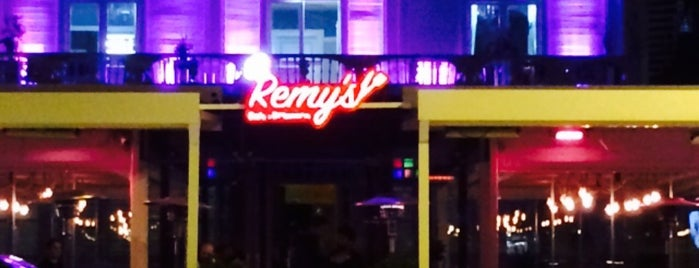 Remy's Cafe Brasserie is one of Posti che sono piaciuti a Kadir❗.