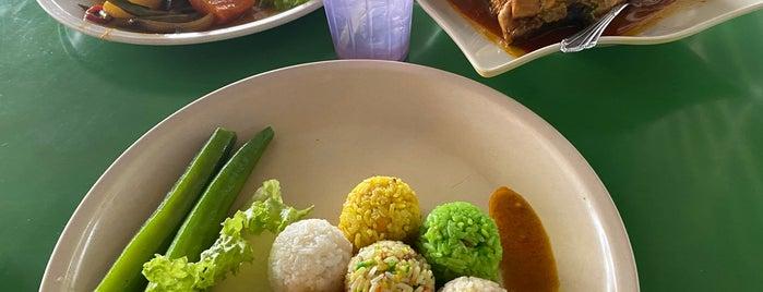 Nasi 7 Benua is one of Penang | Eats.