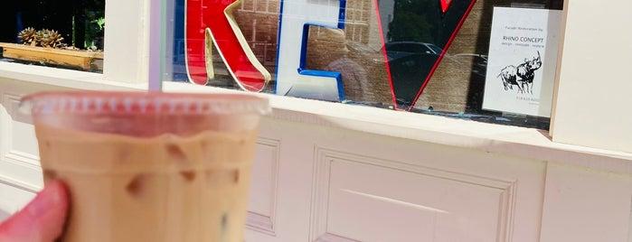 Rev Cafe is one of Lieux qui ont plu à Marie.