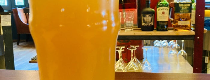 Roe Jan Brewing Co. is one of Lieux qui ont plu à Marie.