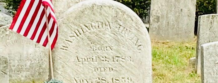 Washington Irving's Grave is one of Lieux sauvegardés par Joe.