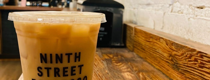 Ninth Street Espresso is one of Lieux qui ont plu à Marie.