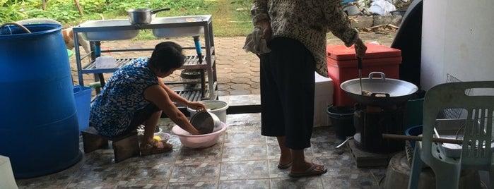 ร้านริมหลวง is one of สระบุรี, นครนายก, ปราจีนบุรี, สระแก้ว.