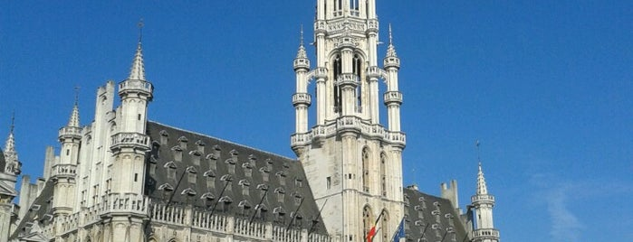 Hôtel de Ville de Bruxelles / Stadhuis Brussel is one of สถานที่ที่ Carl ถูกใจ.