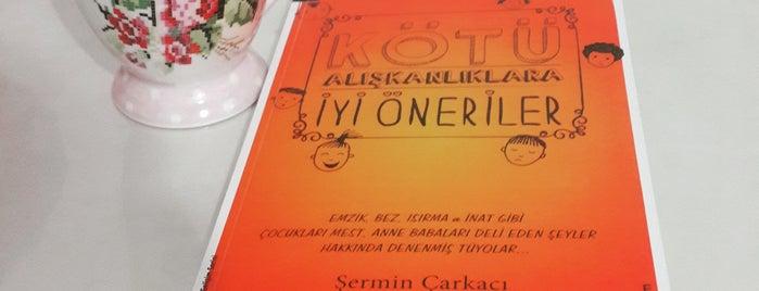 Çizgi Kitap & Cafe is one of renklimelodiblog : понравившиеся места.