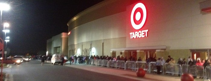Target is one of Locais curtidos por Ashley.