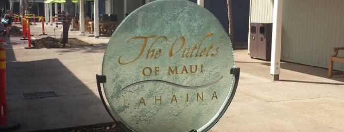 The Outlets of Maui is one of Orte, die Gustavo gefallen.