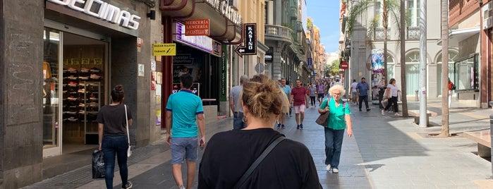 Santa Cruz de Tenerife is one of Capitales de provincia.