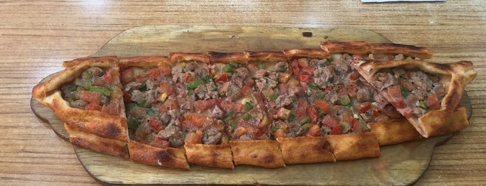 Murat İskender Lahmacun is one of Lahmacun Pide.