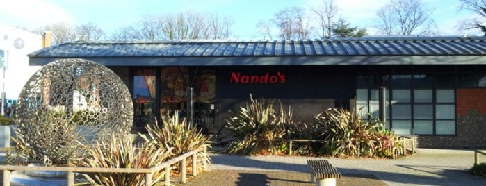 Nando's is one of Lugares favoritos de Carl.