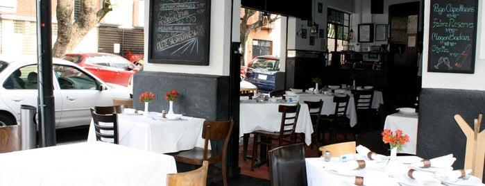 La Vineria is one of Restaurantes en el DF.