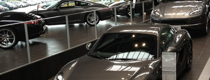 Porsche Center Brussels is one of Posti che sono piaciuti a anthony.