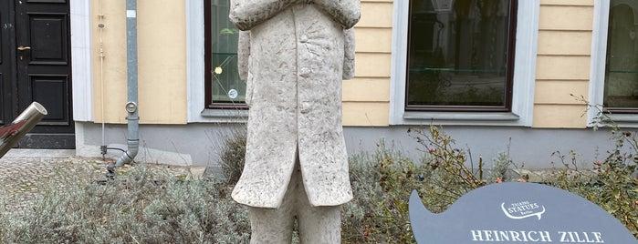 Heinrich Zille Statue is one of Berlin.