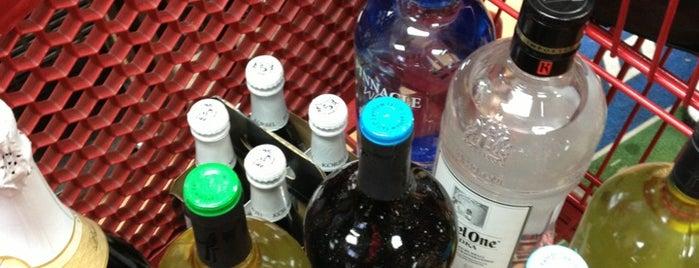 BuyRite Liquors is one of Locais curtidos por Robin.