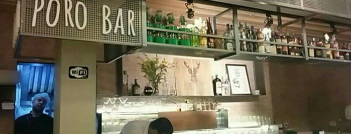 Pôro Bar • Food and Drinks is one of Sp.