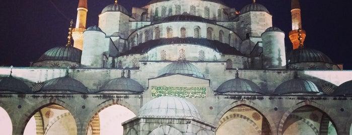 Sultan Ahmet Camii is one of Tempat yang Disukai GÜLTEN.