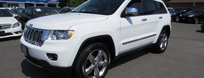 Auto Trademark is one of Lugares favoritos de Shawn.