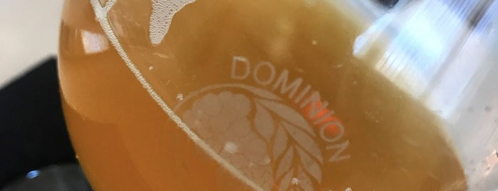 Dominion Wine & Beer is one of DaByrdman33 님이 좋아한 장소.