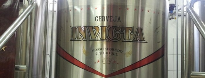 Cervejaria Invicta is one of Lieux qui ont plu à Carlos.