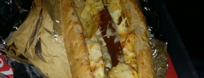 Pamchal Hot Dog | هات داگ پامچال is one of Tempat yang Disukai H.