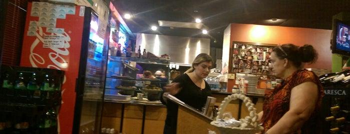 Giovanni's Italian Restaurant & Pizzeria is one of Outlaws 님이 좋아한 장소.