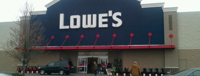 Lowe's is one of Posti che sono piaciuti a Nicholas.
