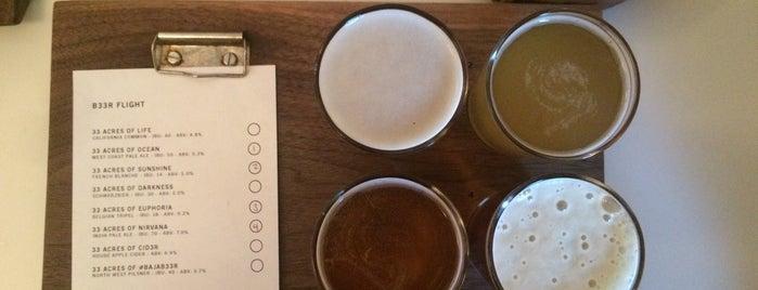 33 Acres Brewing Company is one of Lugares favoritos de Ozge.