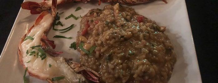 À Parte Grill is one of Locais curtidos por Filipe.