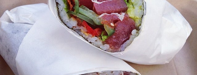 Sushirrito is one of Lugares favoritos de Karen.