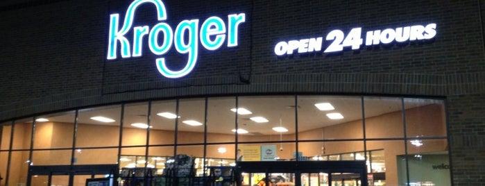 Kroger is one of Lugares favoritos de Andrew.