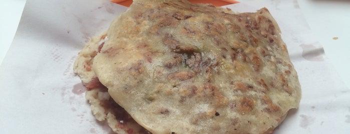 Quesadillas Clarita is one of Locais curtidos por Hilda.