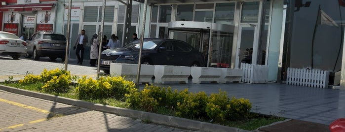 Sağlık Bakanlığı İlaç ve Tıbbi Cihaz Kurumu is one of Posti che sono piaciuti a Mete.