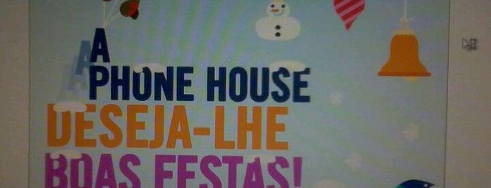 Phone House Portugal HQ is one of Posti che sono piaciuti a Marta.