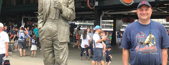 Ernie Harwell Statue by Lou Cella is one of Check In Out - Detroit.