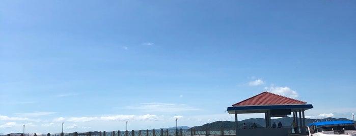 Plane Spotting Laem Sai Pier is one of Orte, die Paolo gefallen.