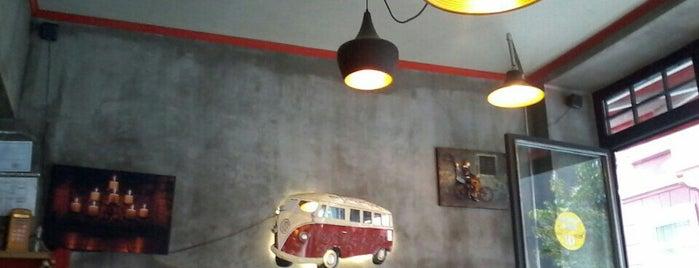 Cafe Eya is one of İSTANBUL (2) GURME MEKANLARI (devamı).