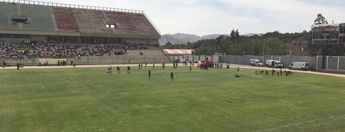 Estadio 25 de Noviembre is one of ペルー.