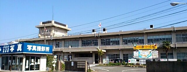 京都府警察 自動車運転免許試験場 is one of Tempat yang Disukai Shigeo.