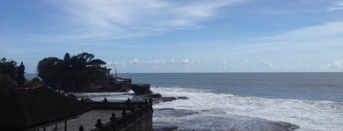 Tanah Lot Beach is one of Bali Lifestyle Guide.