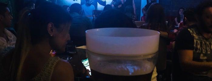 5arlo Bistro Cafe & Bar is one of ✨💫GöZde💫✨'ın Beğendiği Mekanlar.