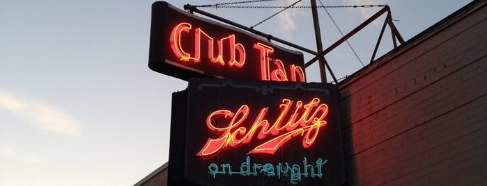 Club Tap is one of Rob's Liked Places.