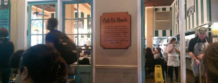 Café du Monde is one of Divyaさんのお気に入りスポット.