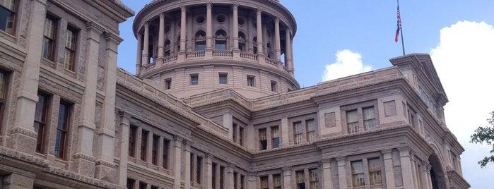 Texas State Capitol is one of Orte, die Divya gefallen.