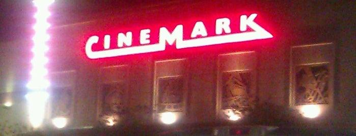 Cinemark is one of Locais curtidos por Marlanne.