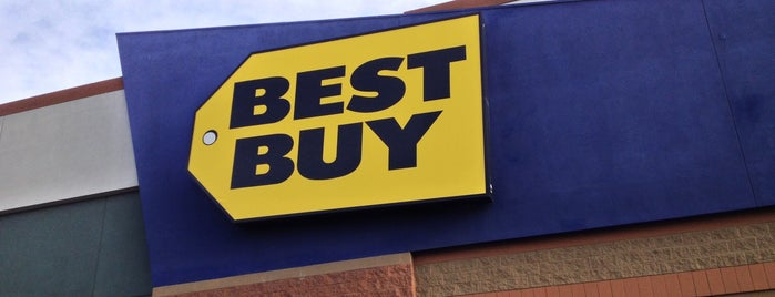 Best Buy is one of Locais curtidos por Clair.