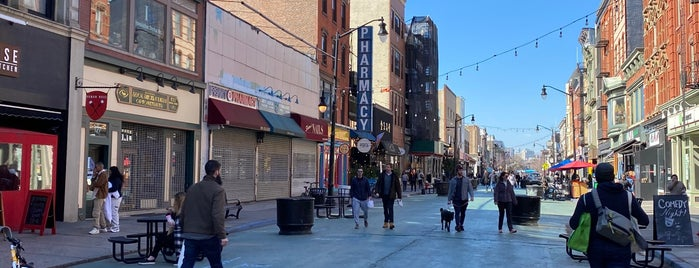 Newark Avenue Pedestrian Plaza is one of Lugares favoritos de SKW.