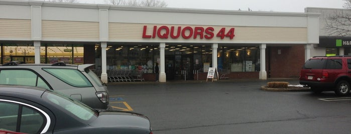Liquors 44 is one of Lugares favoritos de Michael.