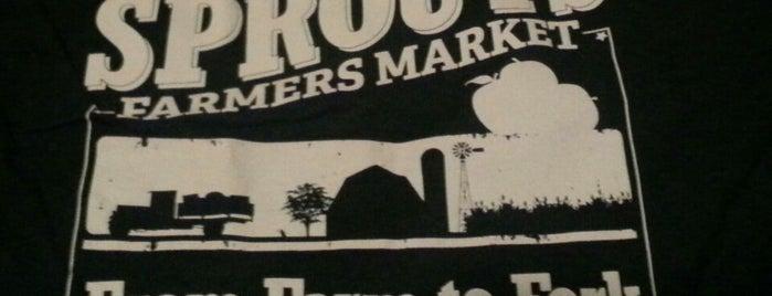 Sprouts Farmers Market is one of Tempat yang Disukai JL Johnson.