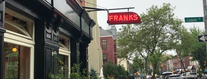 FRANKS Wine Bar is one of Drinks.